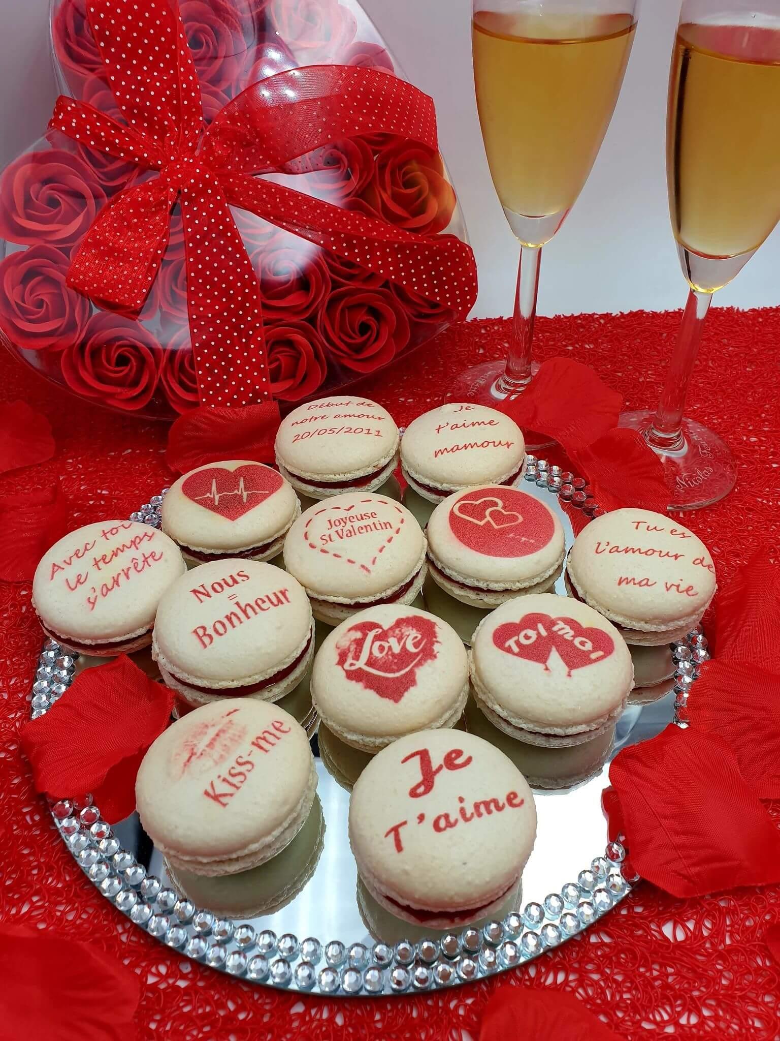 coffret 12 macarons personnalisés pour la saint valentin
