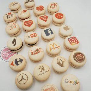 macaron personnalisé exemple avec logo
